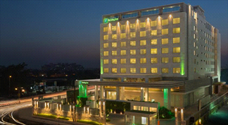 4 day golden triangle tour india - Holiday Inn Jaipur